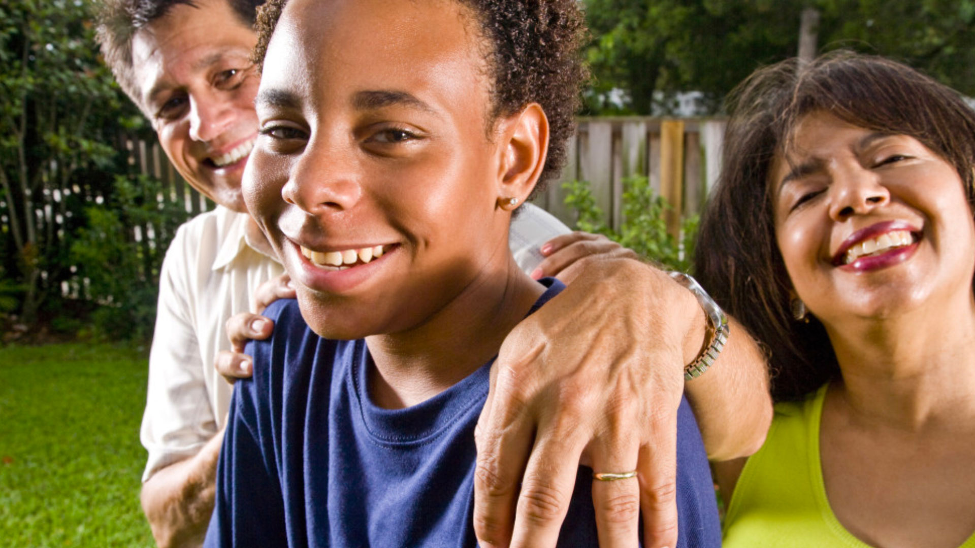 our mission |Families Recover is a 5013c Non-profit helping individuals and families recover from addiction to drugs and alcohol